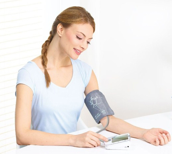 nên mua máy đo huyết áp loại nào tốt nhất